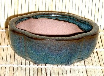 green oval mame pot